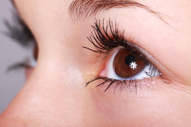 Po operácii očí uvidíte konečne svet jasne
