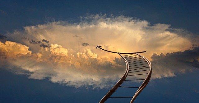 Ilustrácia – schody do neba so stúpajúcou šípkou