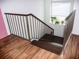 Zábradlie na schodisko? Kúpte ho skôr ako bude neskoro.